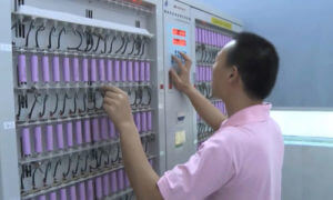 Build up Battery test equipment